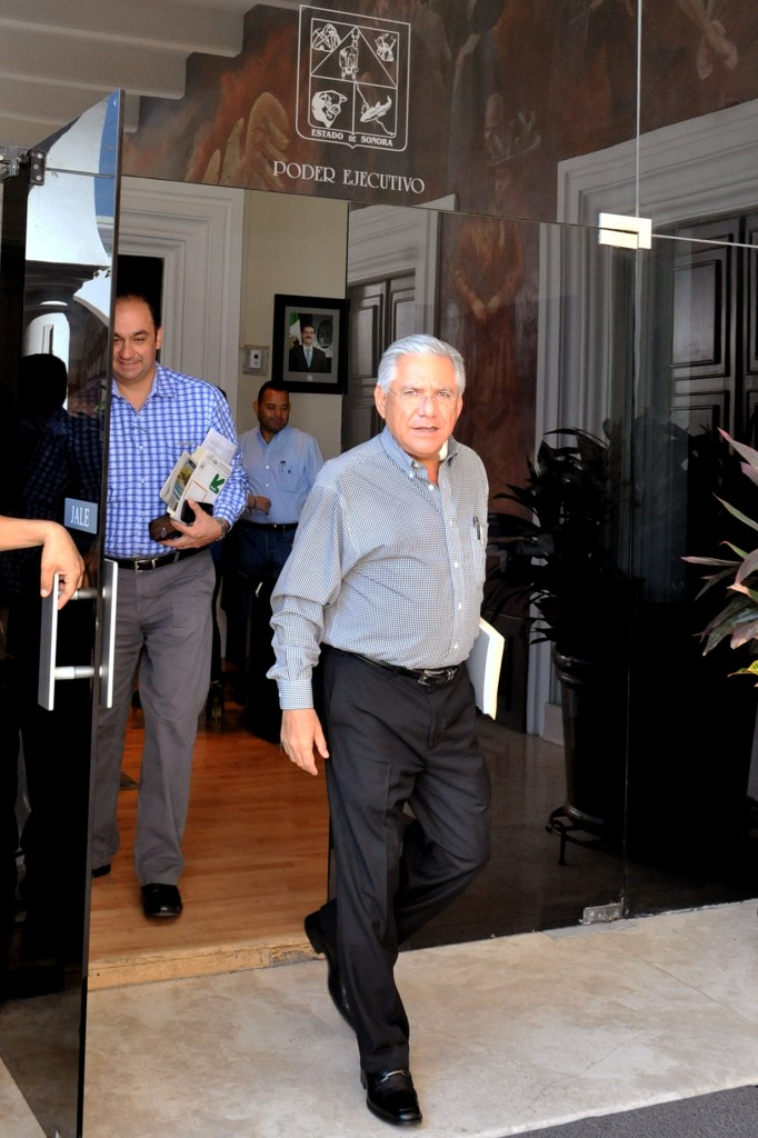 Se reúne RGM con el Gobernador Padrés.