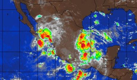 La tormenta Lorena está cerca de las costas sonorenses.