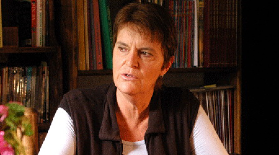 Maria Novaro.