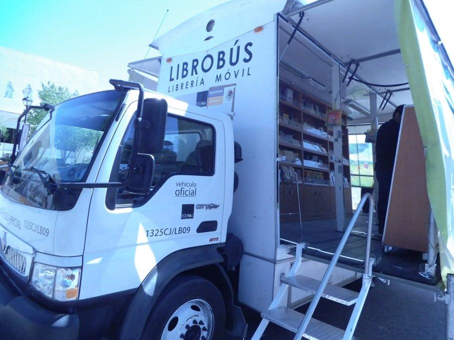 Llega Librobus a Nogales.