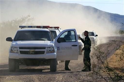 Los agentes fronterizos recibieron disparos.