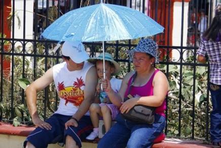 Confirman caluroso inicio de semana para Nogales y sin probabilidades de lluvias