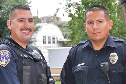 Reconocen a 2 policías de Nogales, Arizona por sus esfuerzos para salvar una vida