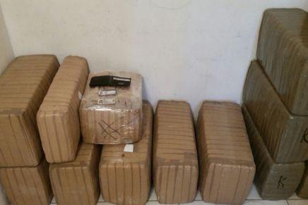 Aseguran 240 kilos de droga en un domicilio en Misiones de Kino