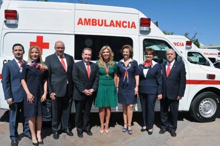 Entrega Gobernadora Pavlovich ambulancias a Cruz Roja Mexicana