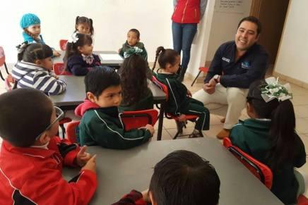 Salvaguardan a 90 infantes de un jardín de niños tras derrumbe