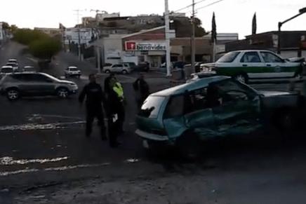 Seis lesionados deja fuerte choque en la entrada a Villa Sonora