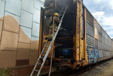 Se incendia vagón del ferrocarril mientras cruzaba por Nogales