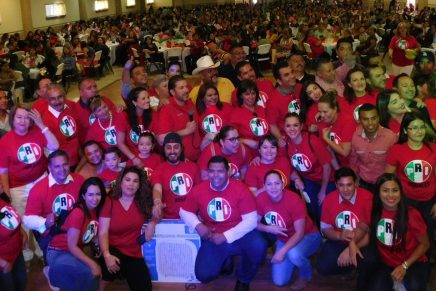 Festeja el PRI Nogales a más de mil mamás nogalenses