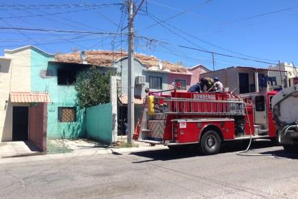 Se incendia vivienda en Las Bellotas