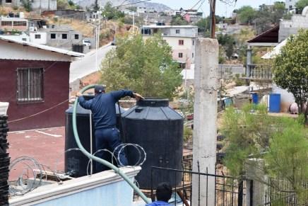 Acuerda Oomapas suministro de agua con vecinos de San Miguel