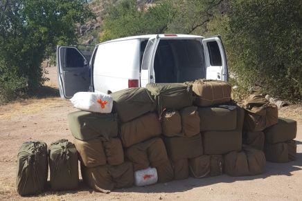 Decomisa Patrulla Fronteriza camioneta llena de marihuana, cerca de Nogales