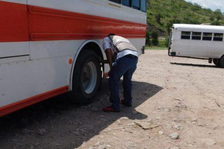 Sacan otros 5 camiones de circulación por no ofrecer seguridad y calidad al usuario
