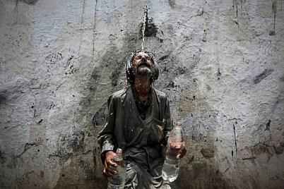 ФОТО ДНЯ: Аномальная жара в Пакистане