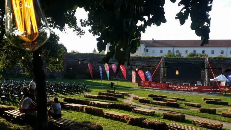Programul Caravana Filmelor Next la Oradea 2016