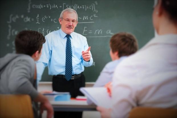 Guvernul a aprobat Normele metodologice pentru salarizarea personalului din învățământ