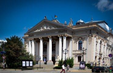 Teatrul Regina Maria îşi reia activitatea. Programul microstagiunii de vară