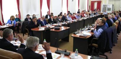 Drumul Apusenilor, cel mai mare proiect de infrastructura rutiera montana, din Transilvania, votat in sedinta CJ
