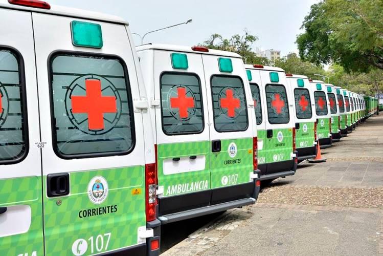 Entrega ambulancias y vehículos para interior de Corrientes