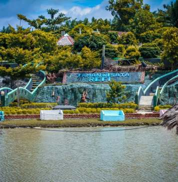 taman wisata love refi
