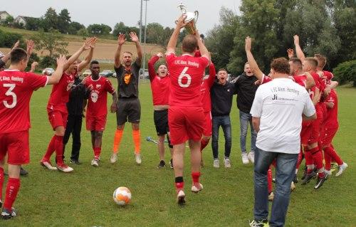 Der 1. FC Hamberg holt sich den Bietpokal