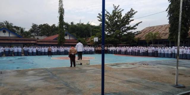 Walikota Solok Jadi Pembina Upacara Bendera di SMA Negeri 3
