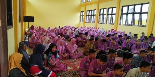 SMPN 3 Kembali Adakan Pesantren Ramadhan