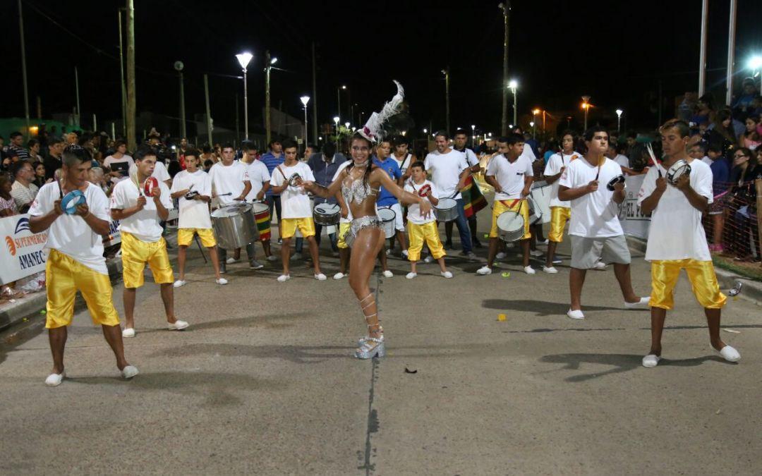 Sábado con mucho público y espíritu de fiesta en los carnavales de Villaguay