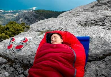 Les meilleurs sacs de couchage de randonnée pour dormir bien au chaud
