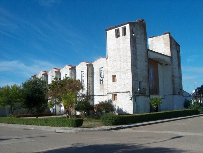 iglesia vegaviana, vegaviana, sierra de gata, turismo, raia, raya