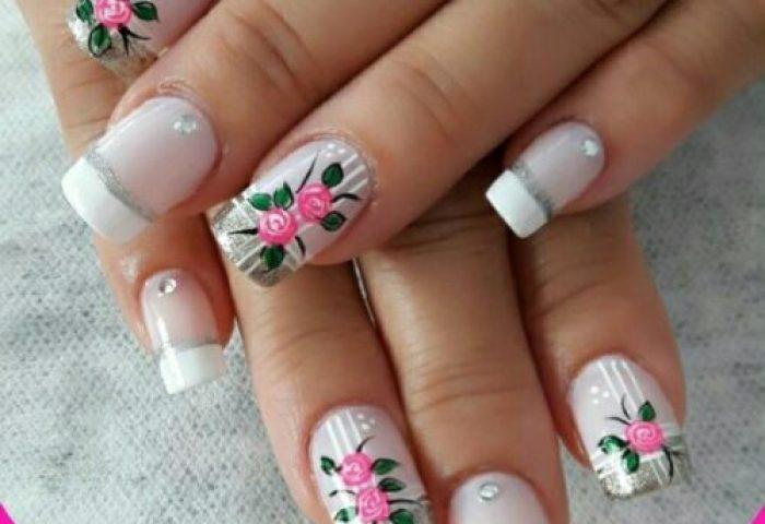 Uñas Decoradas Con Flores Hermosos Diseños Y Modelos 72 Imágenes