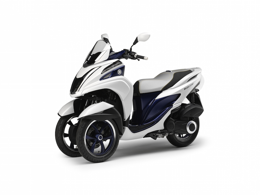 j 39 ai test le scooter yamaha tricity 3 roues informacyde. Black Bedroom Furniture Sets. Home Design Ideas