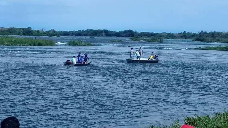 128671393_873209050101585_2741082329815156567_n-1 Ya son 3 los hallados en el Paraná, lamentablemente sin vida