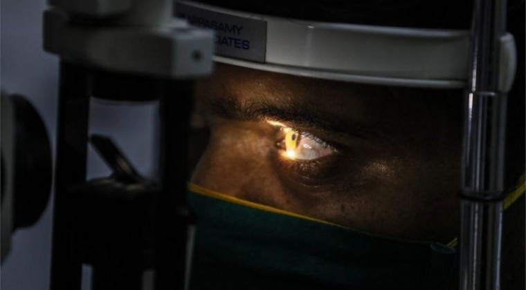 118673697_mediaitem118673696 Hongo negro en India: extirpan ojos a pacientes con Covid para salvarlos