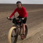 Dauntless cyclist conquers notorious Skeleton Coast