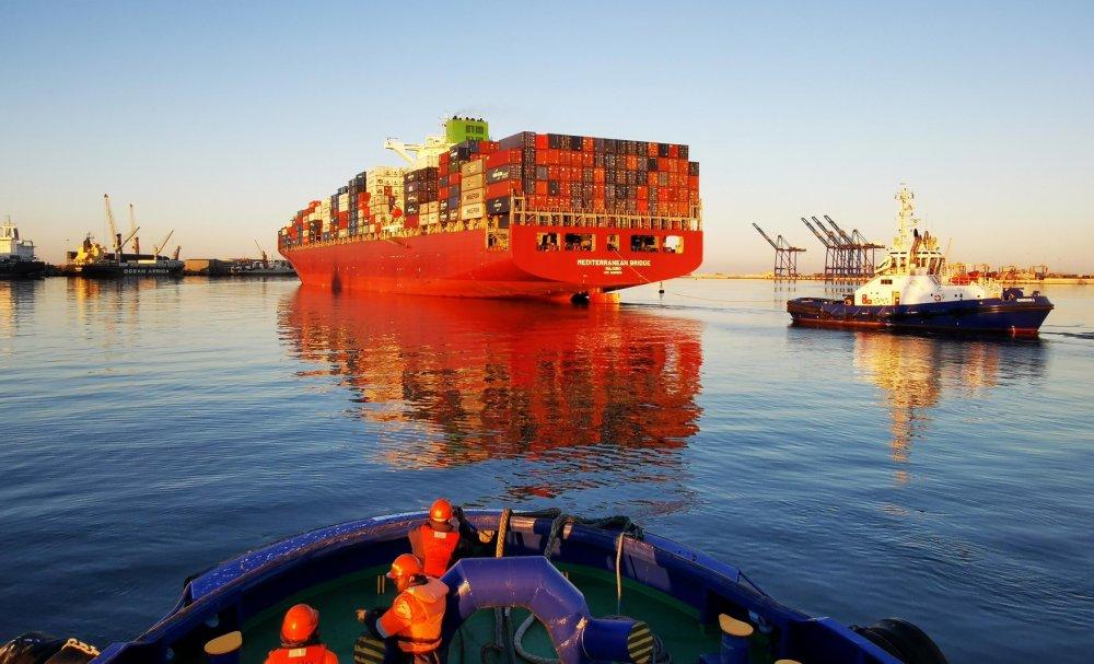 largest vessel dock Namport MV Mediterranean Bridge CMA CGM shipping broke several records while docked