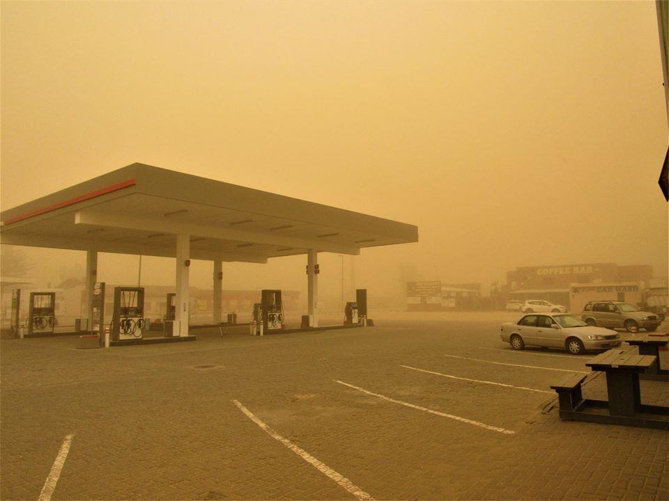 cloud dust towns coast desert wind low visibility hazardous driving