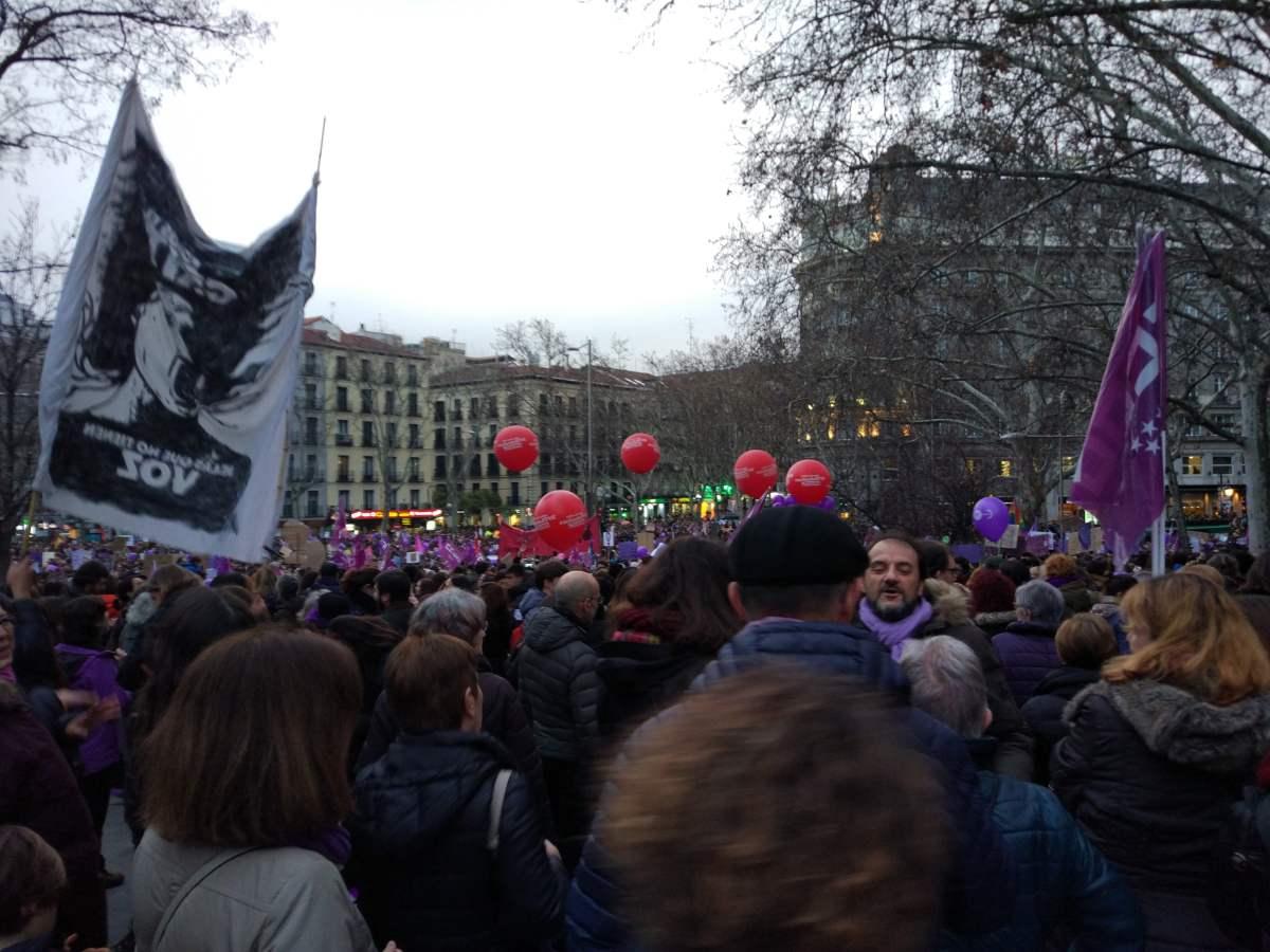 Cientos de personas se manifiestan en Madrid por el Día Internacional de la Mujer