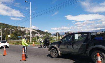 La AMT sancionó a 14.414 conductores durante la emergencia en Quito