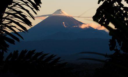 SNGRE realiza permanente monitoreo ante la caída de ceniza del volcán Sangay
