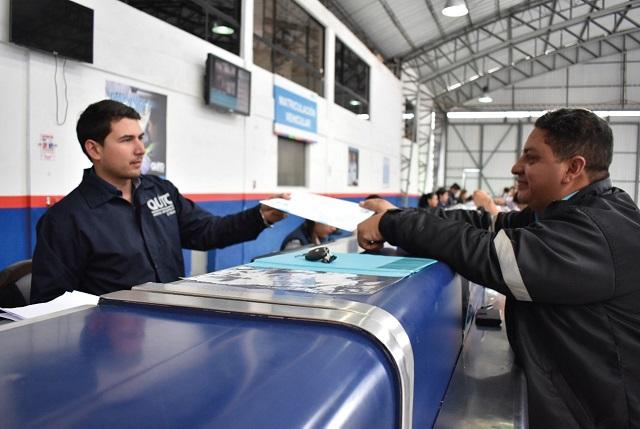 Suspendida la revisión vehicular y se abre la matriculación en línea