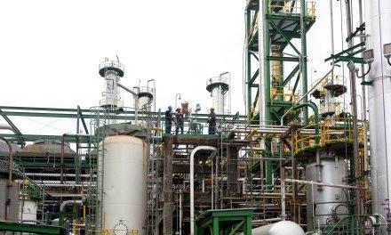 La Refinería de Esmeraldas pasa a manos privadas