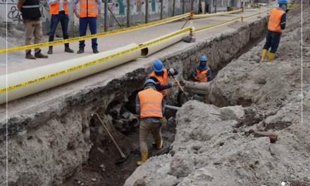 Rehabilitación del alcantarillado de calle Manuel Larrea concluye en julio
