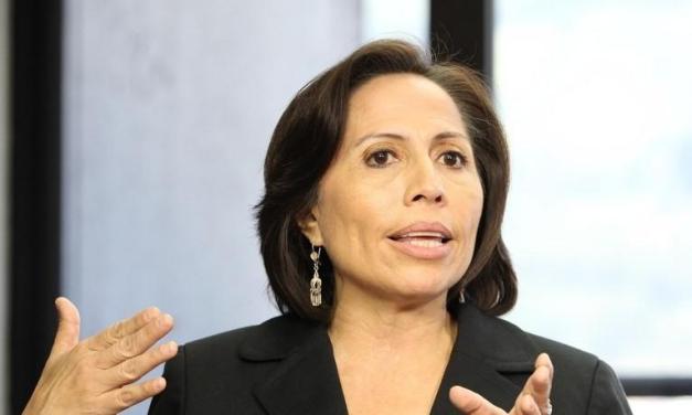 Exministra Duarte recurre a la protección de Argentina