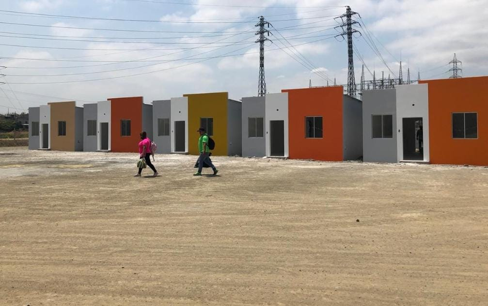 En el plan habitacional Victoria de Dios, las primeras cinco viviendas, están casi concluidas