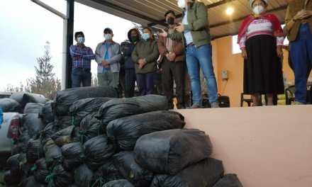 MAG coordina entrega de banano y ensilaje a productores de Chillanes, en Bolívar