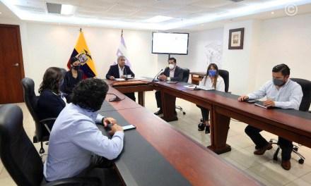 Pagos por bonos de ayuda social para grupos vulnerables, por USD 500 millones, fueron puntuales, afirma Lenín Moreno