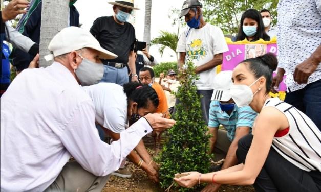 Los habitantes de la parroquia Tarifa celebraron el Día del Adulto Mayor