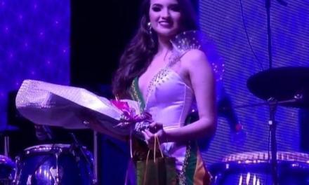 La reina de Piñas y Bodas de Roble es Daniela Valentina Escandón