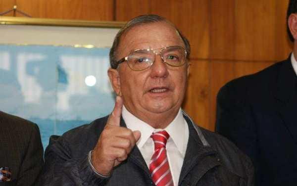 Álvaro Noboa alega que existe un proceso de fraude liderado por Guillermo Lasso